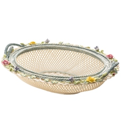 Belleek Classic Masterpiece Collection - Oval Covered Basket