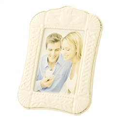 Belleek Classic Claddagh 5x7 Photo Frame