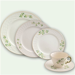 Belleek Classic 1880 - Gold Shamrock 5 Piece Dining Set