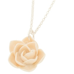 Belleek Classic Jewellery Wild Rose Necklace (Mother of Pearl)