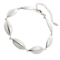 Belleek Living Jewellery Petal Bracelet