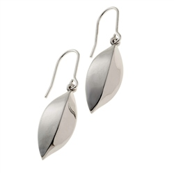 Belleek Living Jewellery Petal Earrings