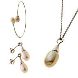Belleek Living Jewellery Oyster Collection
