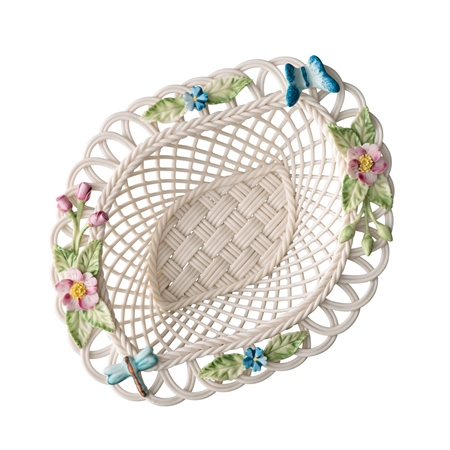 Belleek Classic Wild Briar Basket  - Click to view a larger image