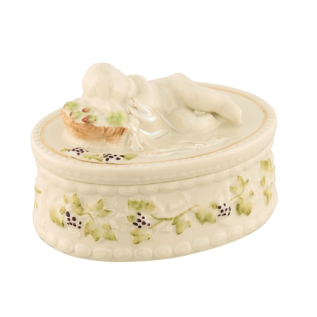 Belleek Classic Masterpiece - Cherub Box  - Click to view a larger image