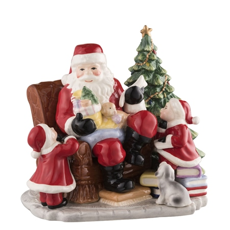 Aynsley Santa's Christmas Gift Scene  - Click to view a larger image